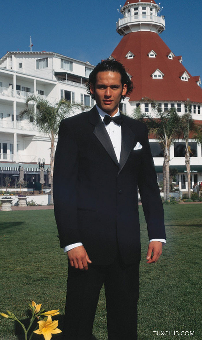 BLACK TUXEDO 3 BUTTON NOTCH LAPEL