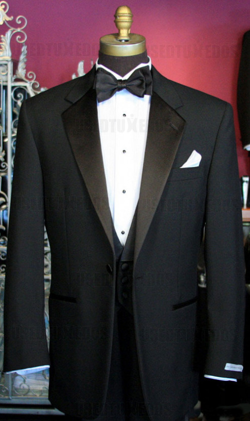 USED BLACK TUXEDO 1 BUTTON NOTCH LAPEL